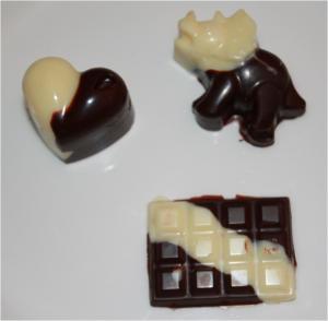 Chocolats Paques Noir et Blanc - Coeur, Dinosaure, Tablette
