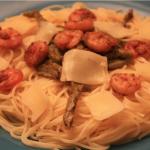 Spaghetti aux asperges et crevettes