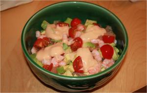 Salade avocats-pamplemousse-crevettes - préparation